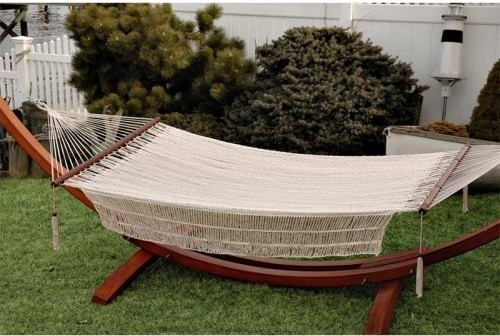 Let the summer sun guide you to your ultimate relaxation destination with the he contemporary hammocks