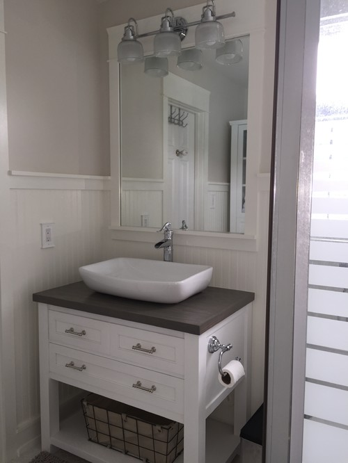 New very tiny coastal cottage bathroom on a small diy for Small bathroom design houzz