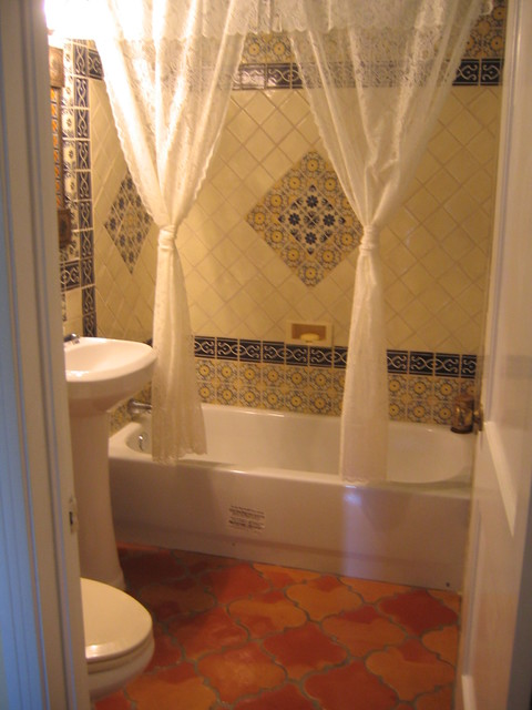 National company offers saltillo tile 9x12 in the espanola for Bathroom ideas 9x12