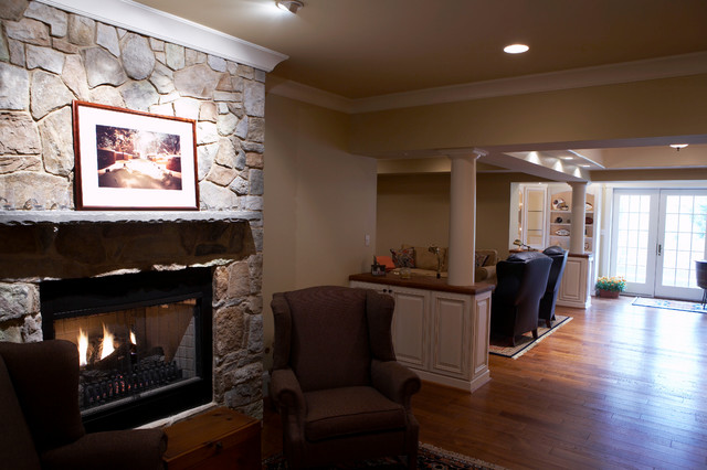 Glenmore Area traditional-home-theater