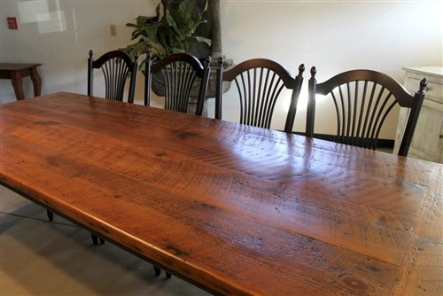Very rustic farmhouse dining table farmhouse dining for Farmhouse dining table