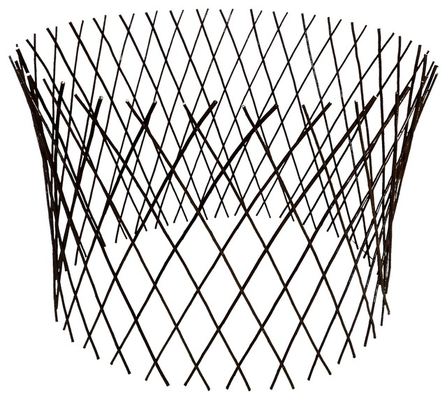 "Circular Willow Lattice Fence, Expandable to 36""H x 48""D ..."