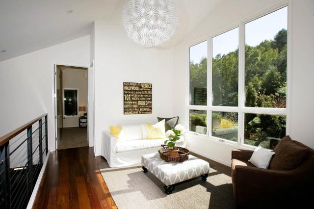 Contemporary Family Home contemporary-family-room
