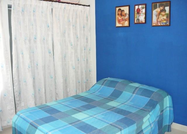 deepa contemporary-bedroom