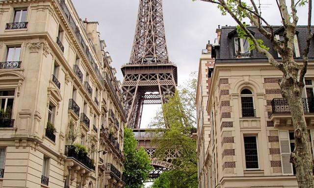 Springtime in Paris traditional-artwork