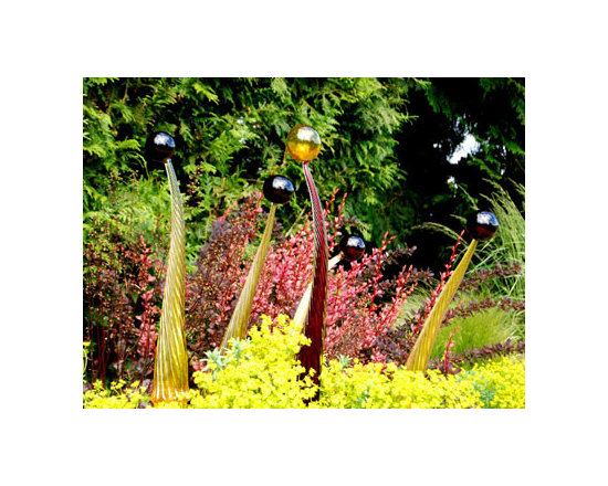 Spears with Spheres Glass Lighting and Garden Art -