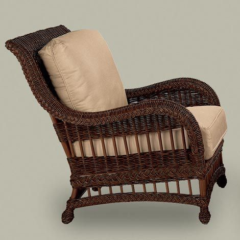 Traditional Outdoor Chairs