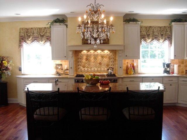 Tuscan Kitchen traditional