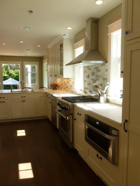 Kitchen Remodel, Queen Ann traditional