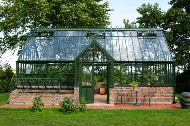 Greenhouses   Traditional   Greenhouses   boston   by Hartley Botanic