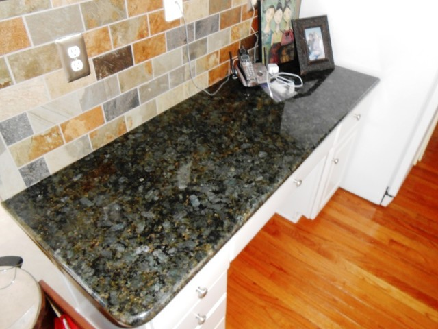 12 10 12 Peacock Granite Goes Great With White Kitchen