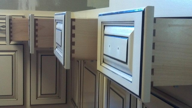 Dovetail Drawers  kitchen cabinets