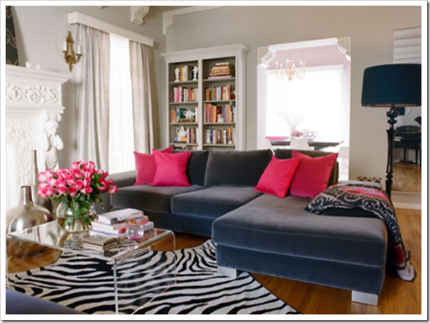 Velvet couch living room (via Colour Me Happy) contemporary