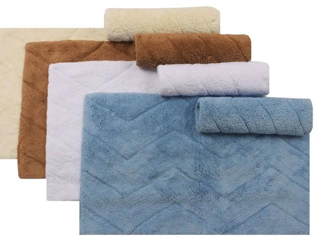 Chevron bathroom rug