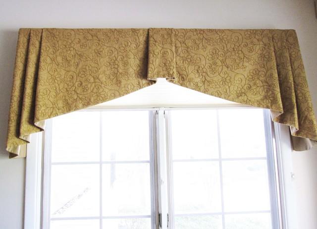 Custom Window Treatments by Lynn Chalk traditional