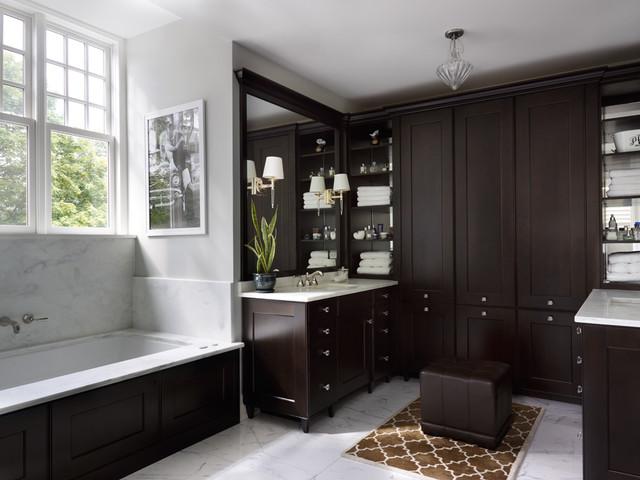 Classic Shingle traditional-bathroom