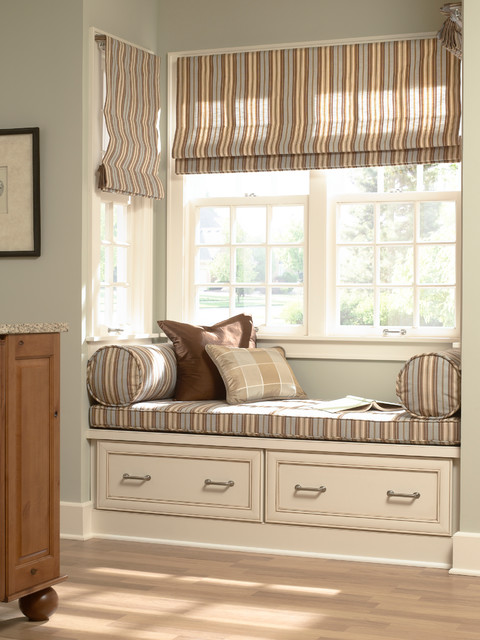Sullivan Kitchen Window Seat - Kitchen Cabinetry - minneapolis - by Mid Continent Cabinetry