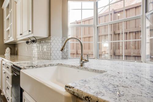 White Ice Granite White Cabinets Backsplash Ideas – White Ice Granite Kitchen
