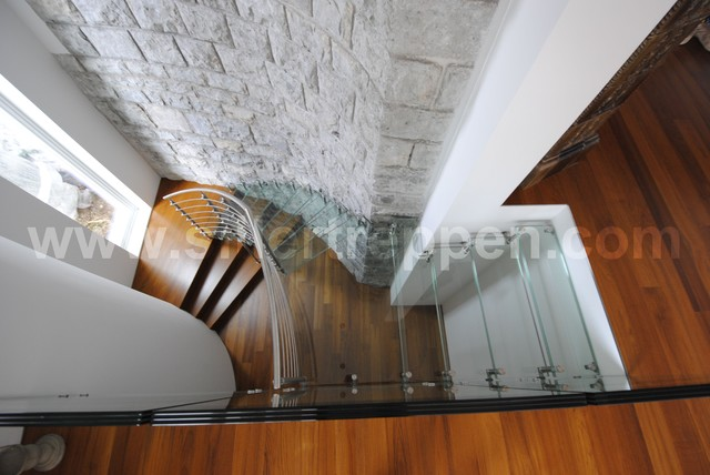 Sevilla Vetro modern-staircase