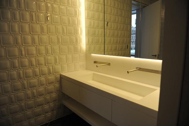 Penthouse on Prince Street contemporary-bathroom