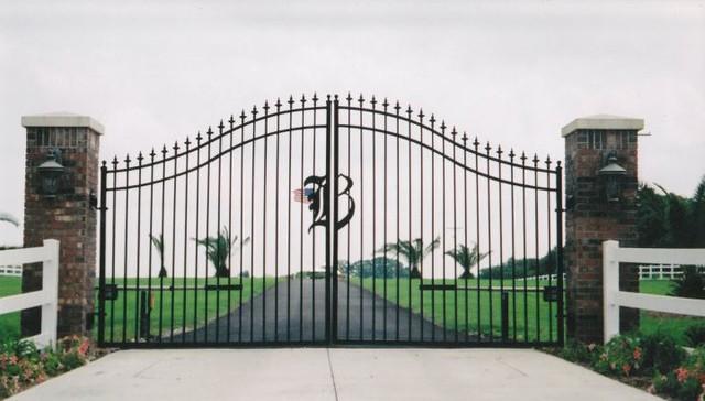 Estate Gate entry