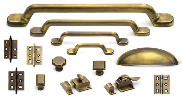 Classic suite cabinet hardware collection in antique brass for Brass hardware for kitchen cabinets