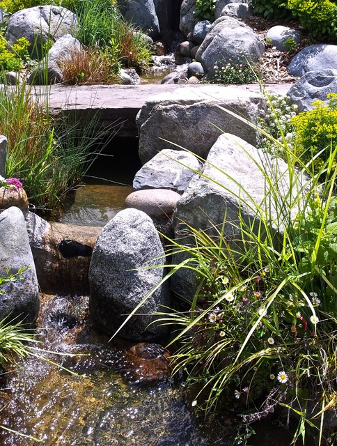 Koi ponds of northern california by pacific pond for Garden pond grills