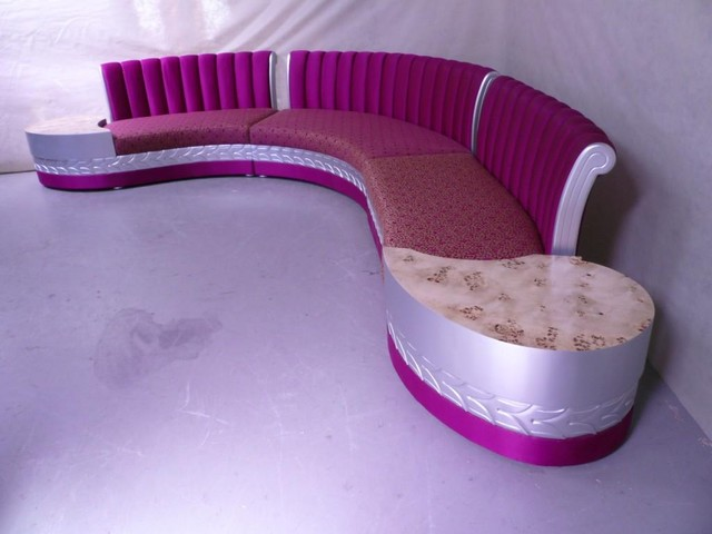 LOOSE FURNITURES traditional-sofas