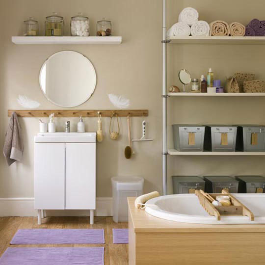 Organized Bathrooms: Clean and Clutter-free | Apartment Therapy DC eclectic