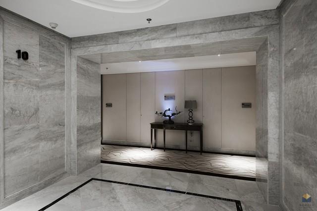 Marble Hall modern-hall