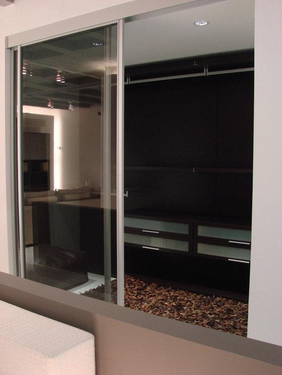 CLOSET CABINA ARMADIO DE JESSE - Se realiza sobre diseño para cada cliente, closet italiano en nuestro show room de Polanco
