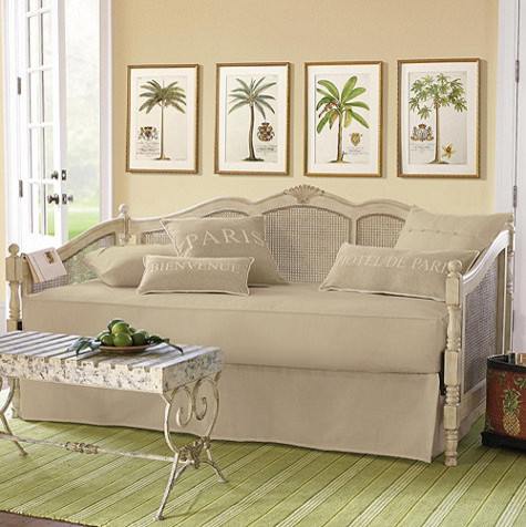 Traditional Daybeds and Chaises: Find Futon, Day bed and Chaise