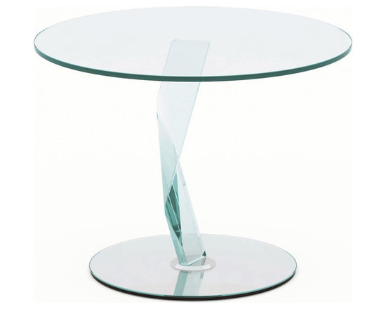 Bakkarat All Glass Side Table - The crystal lightening invades the table, becoming its bearing structure. The fragment is cut, beveled, and bonded with meticulous precision, thereby becoming a kaleidoscope of refractions.