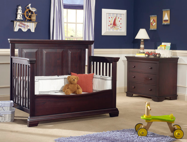 7000 Series Crib converted into Toddler Bed traditional-cribs