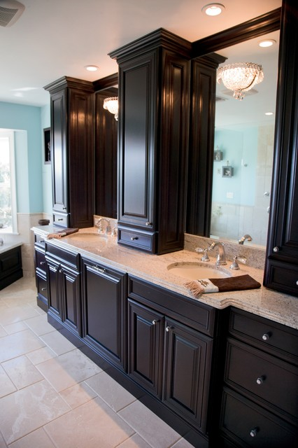 Woodland - Bathroom vanities with storage towers ...