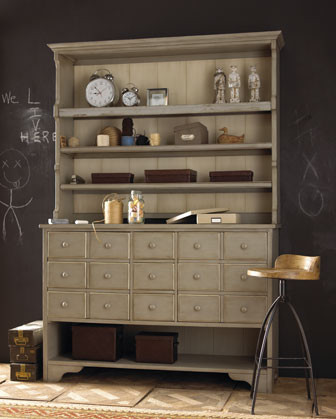 Hobby Hutch traditional