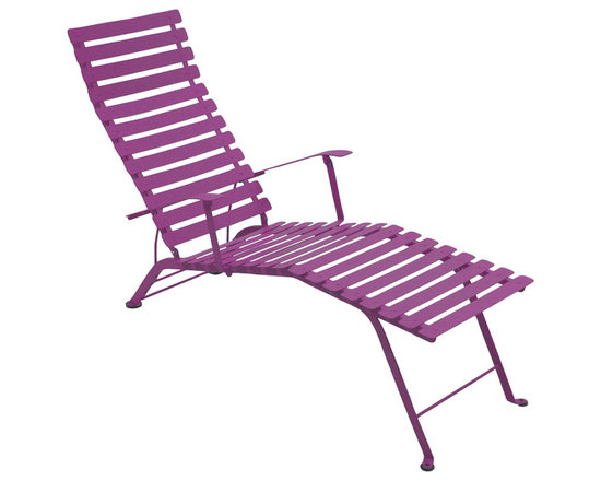 Fermob Bistro Chaise Lounge - 1601 Bistro Folding Chaise Lounge in Aubergine