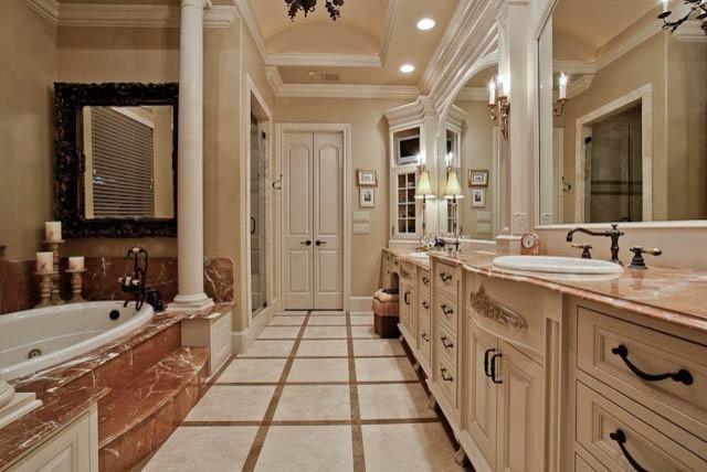 MICHAEL MOLTHAN LUXURY HOMES traditional-bathroom