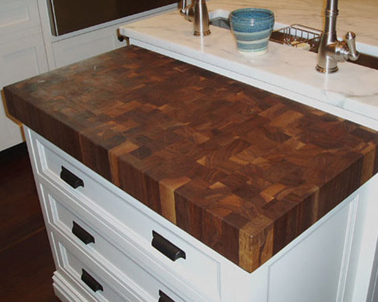 Walnut Butcherblock Countertop by Grothouse - Butcherblock Countertop in Walnut. Photography courtesy of Grothouse Lumber Co.
