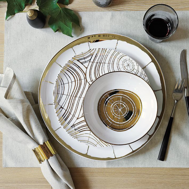 Wood-Slices Organic Dinnerware traditional-dinnerware