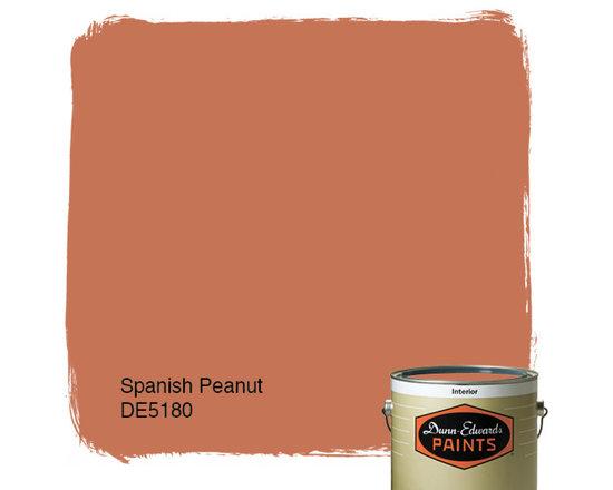 Dunn-Edwards Paints Spanish Peanut DE5180 -