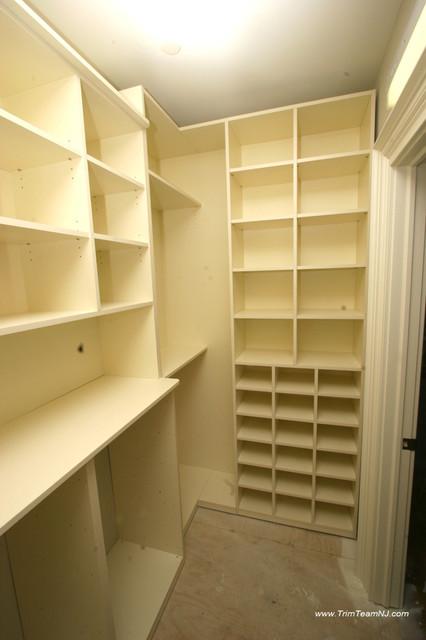 Galeria  Bookcases, Wall Unith, Built-Ins, Shelving traditional-closet