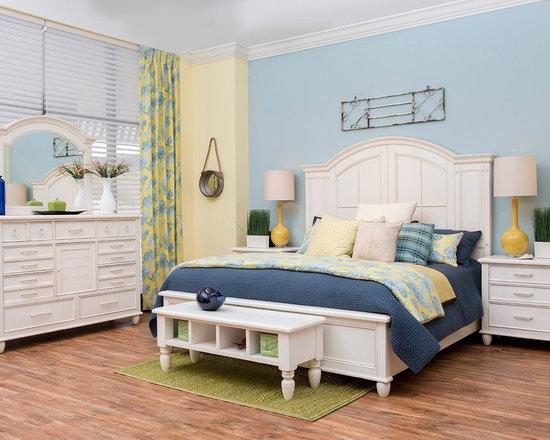 "Carolina Preserves ""Sea Breeze"" Collection 6-piece Bedroom Set -"