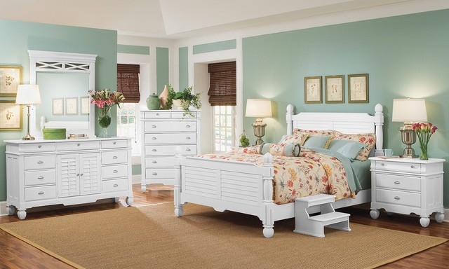 Magnolia White Delux Bedroom Collection Beach Style
