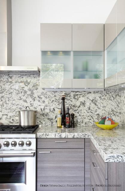 Houston Showroom contemporary-kitchen