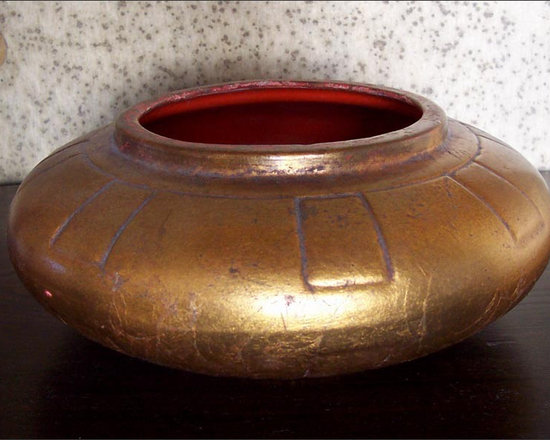 Vintage Japanese Bowl - Vintage Japanese Red Lacquered Bowl with Gold Leaf Exterior. The Low, Round Shape and Simplicity Lends Beautifully to Ikebana Floral Arrangements. A Very Thick, Smooth Coating of the Red Lacquer Lines the Bowl Interior...Almost Appears to be a Ceramic Glaze.