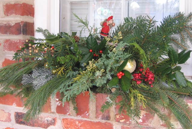 Outdoor Window Holiday Swag Eclectic Exterior Other