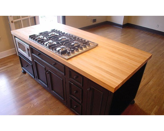 Maple Wood Island Countertop with Cooktop Cutout.jpg - http://www.glumber.com/