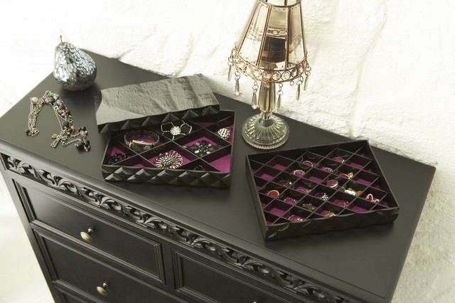 """""""Diamond"""" Accessory Case for Jewelry, Comes in White or Black, Modern Jewelry Or modern-jewelry-boxes-and-organizers"""
