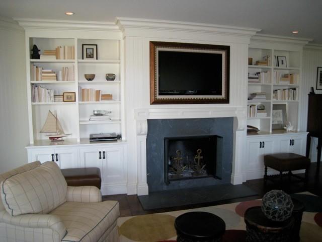 Breezy Belvedere Residence traditional-family-room